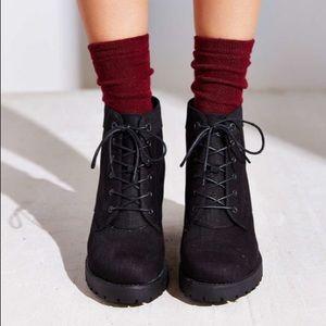 Vagabond Grace black lace up boot.